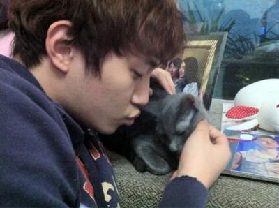 2PM Junho's Cat